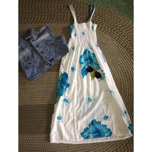 Blue&White Floral Beach Dress