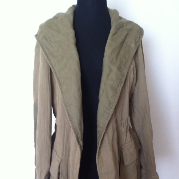 Zara Jackets & Blazers - HOST PICKZara jacket 2
