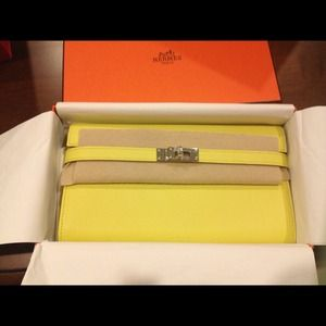 Hermes Clutches \u0026amp; Wallets on Poshmark