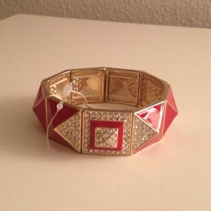Gold fashion stretchy bracelet with red stones