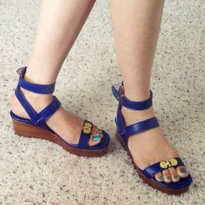 7FAM Wedge Sandals