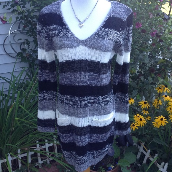 Ultra Flirt Dresses & Skirts - Black/Gray/ivory Multi Sweater Dress