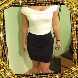 Dresses & Skirts - 💜 White and black dress! NWOT