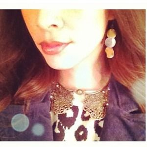 Ornate bib collar necklace