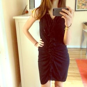 🎉🎉🎉HOST PICK-Ruffle moschino body con dress