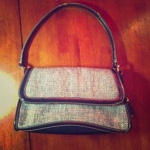 Handbags - 🌺AUTHENTIC  LIZ CLAIBORNE  BAG🌺 make any offer😘