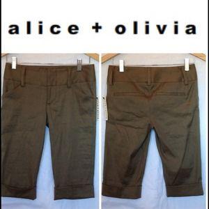 🔴SOLD🔴ALICE + OLIVIA Green Linen Cotton Shorts