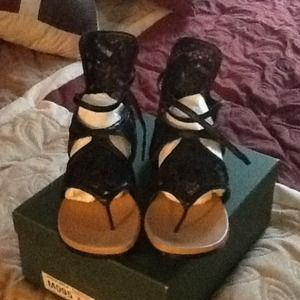 Shoes - Black on black nappa lace sandal