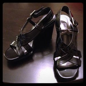 Shoes - SOLD Patent leather wedge sandals