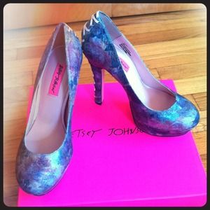 Betsey Johnson Heels!!!