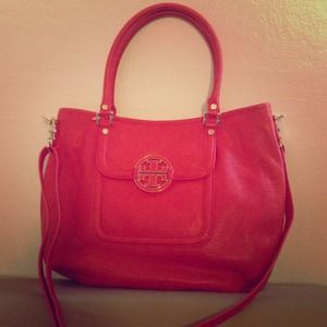 Tory Burch- Amanda Classic Handle Hobo- Flame Red