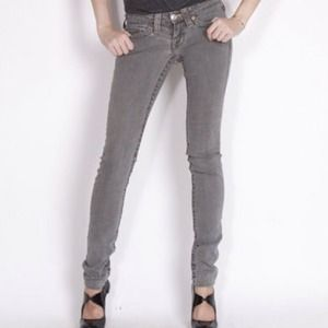 🔴SOLD🔴True religion grey skinny jeans