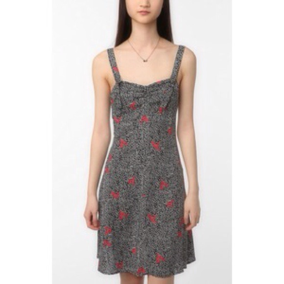 Urban Outfitters Dresses & Skirts - Looking 4 Reformed by the Reformation Riley dress
