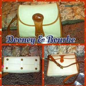 Auth Dooney & Bourke Cream-Tan Leather Crossbody