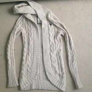 Abercrombie Long knit sweater M