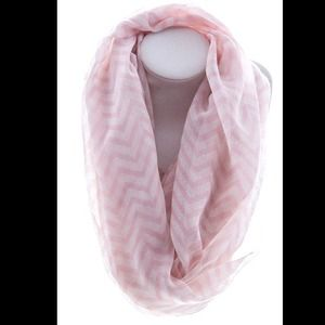 Adorable Light Pink Chevron Scarf💕
