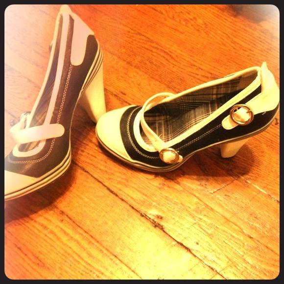 12d30c7d7c6 Vintage high heels