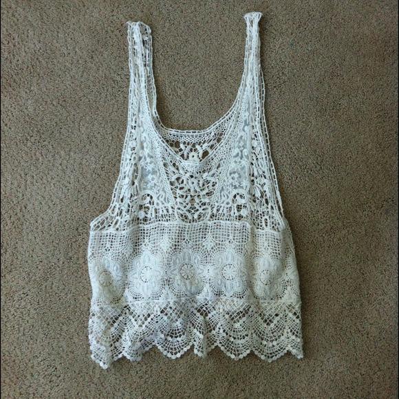 b5ca481e08992d boho hippie crochet crop top size small