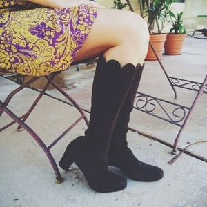 BUNDLEDVintage Victorian Brown Boots | Suede