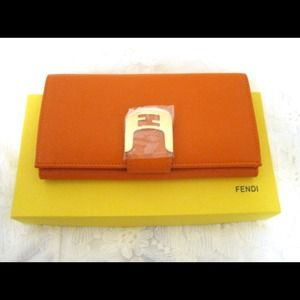 Fendi Zucca Wallet new with tag