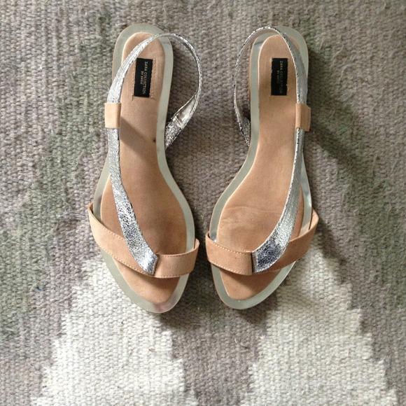 1719a905d ZARA flat metallic silver and nude sandals. M 5230fab152ab060bae02bd81