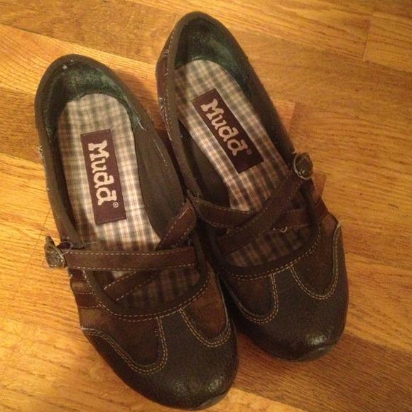 Mudd Flats Shoes Size
