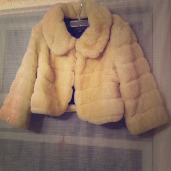 Forever 21 Jackets & Blazers - Fake fur forever 21 jacket. Worn once. *REDUCED*
