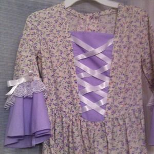 Dresses - Prairie dress for Girls. Great Halloween costume!
