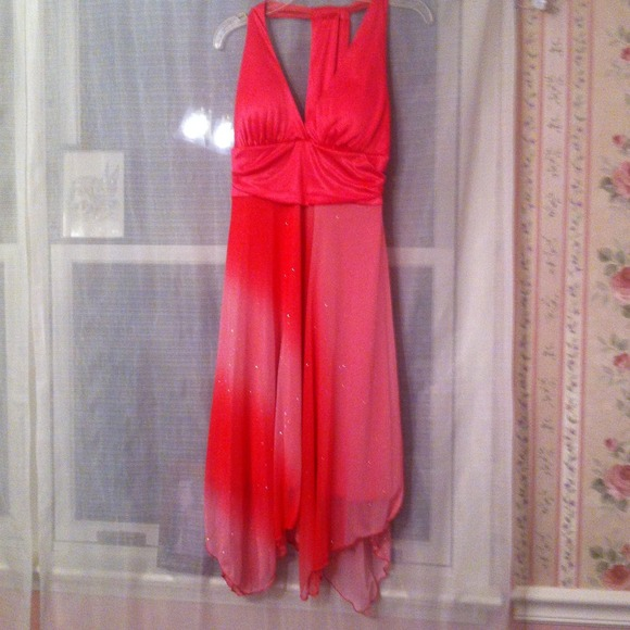 Dresses & Skirts - Sparkly pink ombré dress *REDUCED*