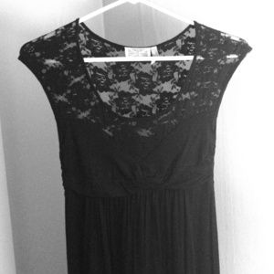 Black lace maxi dress!