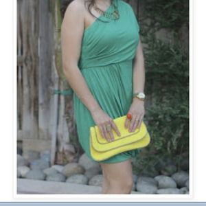 Forever 21 Dresses & Skirts - Green one shoulder strap dress