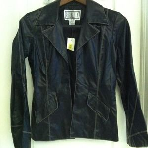 BB dacota Cute black jacket✂✂✂$25
