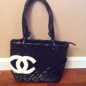 Handbags - MAKE OFFER Inspired Chanel Handbag 😍