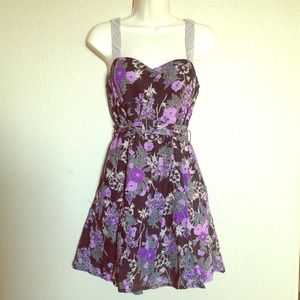 Free People Floral Dress Sz 10 but fits like 4.
