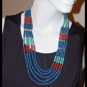 🎀 5 Strand Beaded Necklace with silver beads