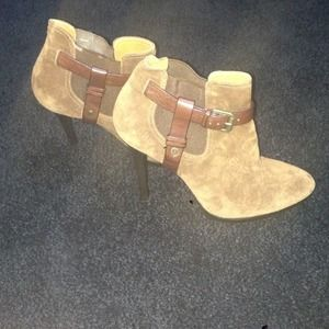 NEW brown suede Ralph Lauren Booties