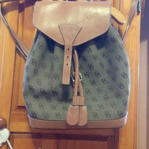 Vintage Dooney & Bourke backpack 