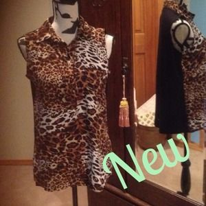 Unique Joseph A. Animal Print Hi-Lo Top in Sz S
