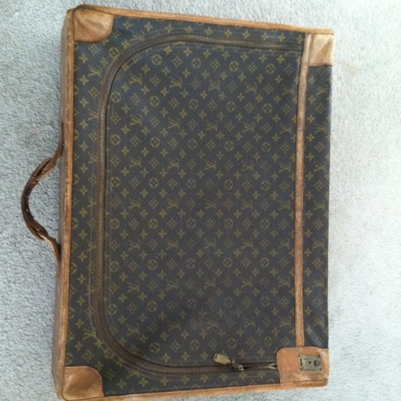 76 off louis vuitton handbags vintage louis vuitton