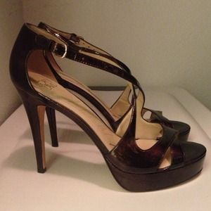 Joan & David chocolate brown patent platform heels
