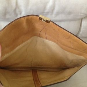 Gucci Bags - Authentic Vintage Gucci Oversized Envelope  Clutch