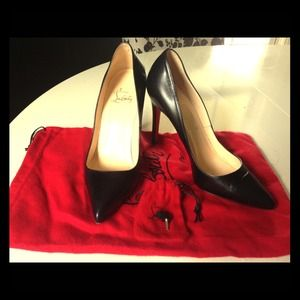 Black leather Christian Louboutin pumps