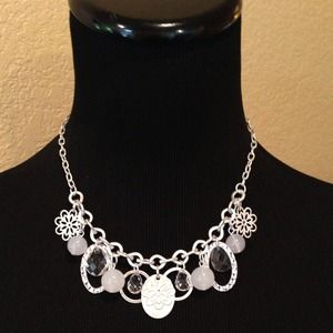 Jewelry - Stunning Pendant and Rhinestone Necklace