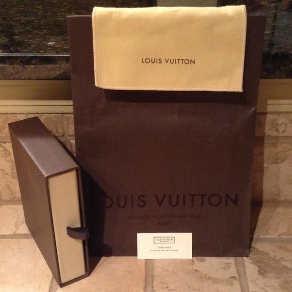 Louis Vuitton - Louis Vuitton Gift Set- Get free gift w/purchase ...