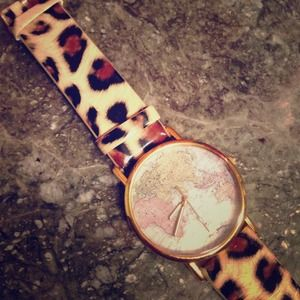 Map of the world cheetah watch