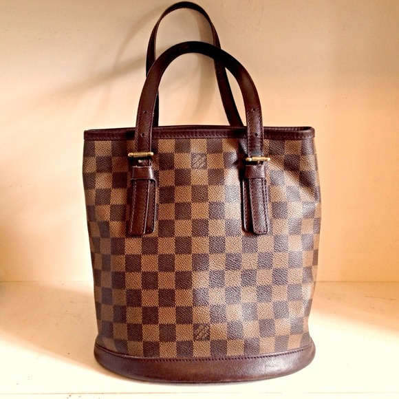Louis Vuitton Handbags - ⛔️HOLD4RITA⛔️✨ LOUIS VUITTON damier petite bucket
