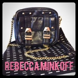 REDUCED! Rebecca Minkoff Leather Crossbody bag 