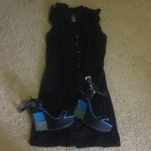 Dresses & Skirts - Thigh length black dress