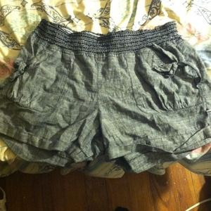 High waisted grey shorts