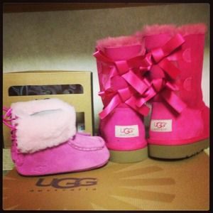 """Pink Uggs ❌""""NOT FOR SALE"""" ❌"""